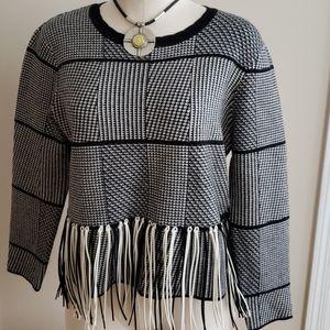 Endless Rose B&W sweater